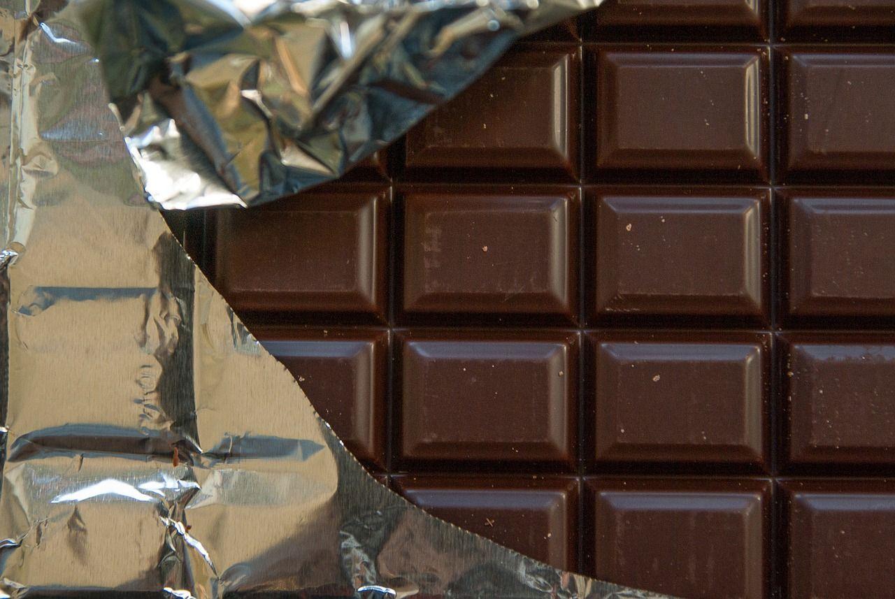 La Anmat prohibió la venta de ambos lotes de chocolate en todo el país