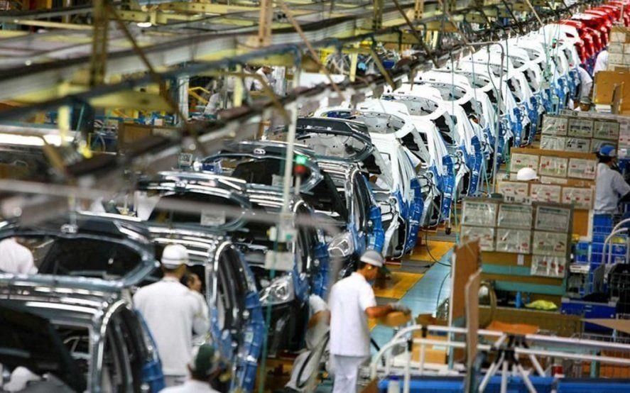 La crisis profundiza la caída en la producción autopartista, cierre de empresas y traslados a Brasil