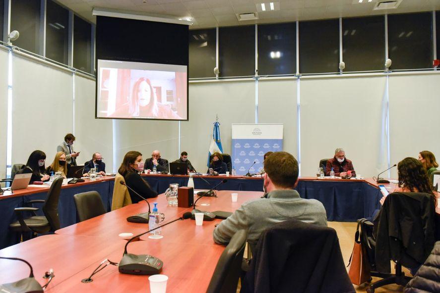 Diputados avanza en el debate del proyecto de etiquetado frontal de alimentos