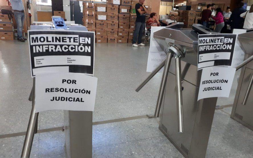 Crisis edilicia: la justicia ordenó a las autoridades de IOMA que frenen la instalación de molinetes