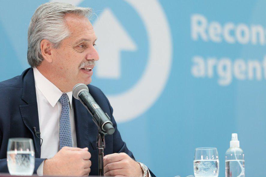 Alberto Fernández visitó una fábrica de envases en Almirante Brown y destacó el crecimiento de la producción.