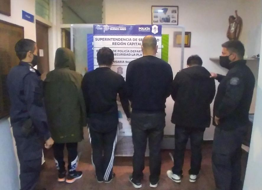 La Plata: en el operativo Armas de Oriente detienen a cuatro chinos