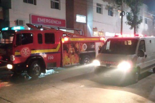 florencio varela: bomberos voluntarios le salvan la vida a beba recien nacida que se asfixiaba