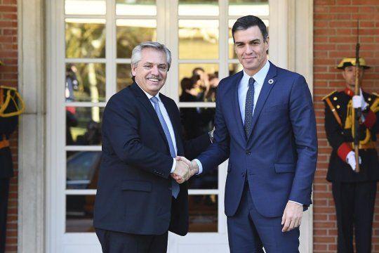 Alberto Fernández se reúne con Pedro Sánchez