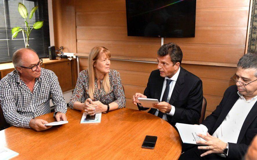 Junto a Stolbizer, Massa reiteró al gobierno que convoque a la oposición y arremetió contra la grieta