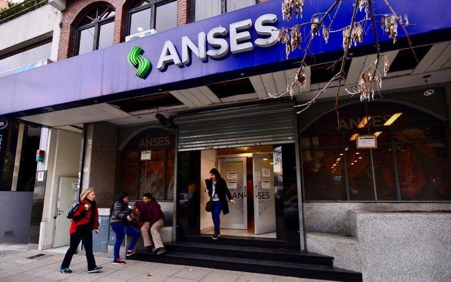 ANSES dio a conocer el calendario de pagos de agosto para jubilados y beneficiaros de la AUH