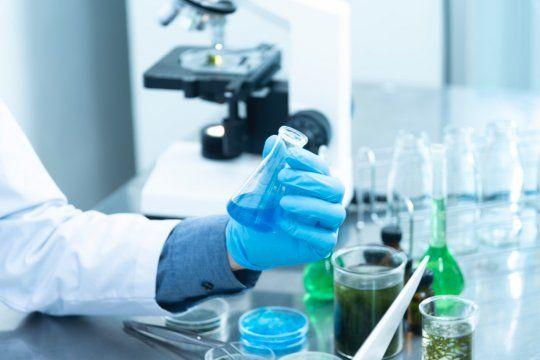 La ciencia continúa luchando contra el Coronavirus y la aprobación del suero equino hiperinmune desarrollado en Argentina significó un gran avance.