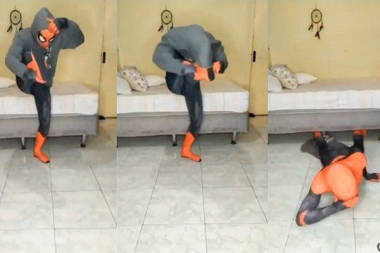 video viral: spiderman quiso cumplir un reto pero quedo en ridiculo