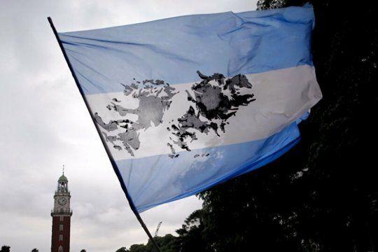 todas las categorias del futbol argentino se unen para recordar a los heroes de malvinas