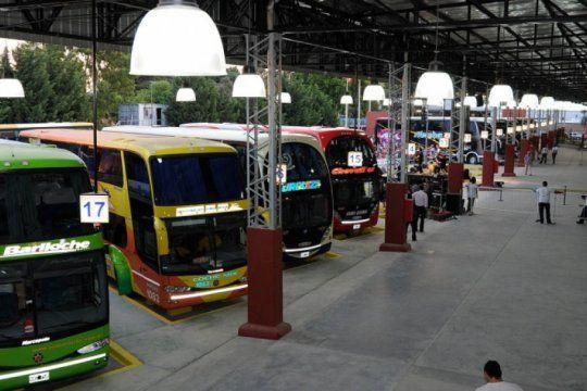 el gobierno otorga un subsidio de 500 millones de pesos a empresas de transporte de larga distancia