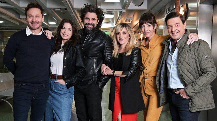 """Benjamín Vicuña junto al elenco de """"El primero de nosotros"""", la nueva ficción de Telefé"""