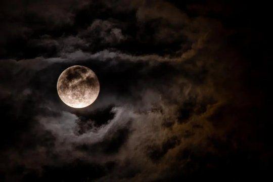 Luna Azul: es la segunda luna llena de este mes, que podrá verse este sábado,