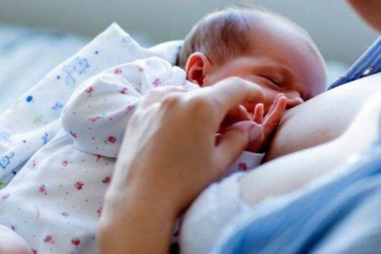 ofrecen consultas gratuitas sobre lactancia materna en el centro integral para la mujer de la plata