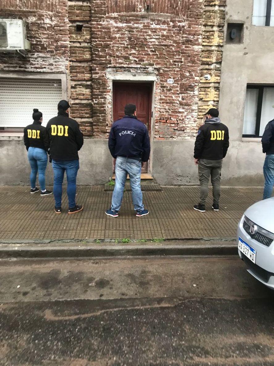 La casa donde fue detenida la mujer acusada de apuñalar al médico