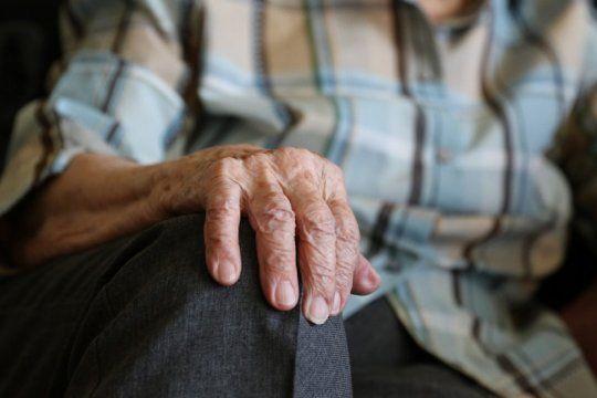 en reemplazo de los bolsones de alimentos, pami pagara $1.600 a los jubilados por unica vez