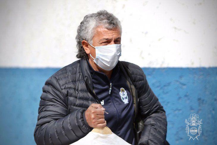 Néstor Pipo Gorosito, entrenador de Gimnasia