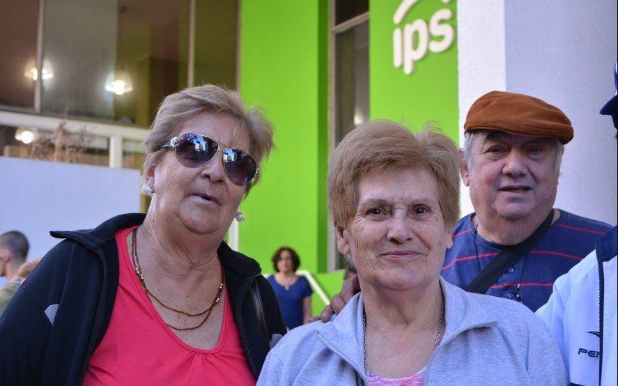 El IPS adelanta pago de aumento paritario a jubilados docentes y administración central