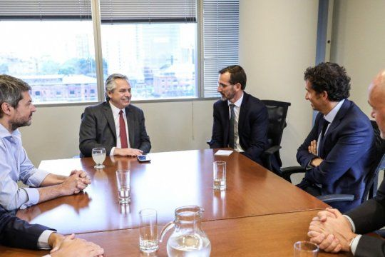 alberto fernandez recibio a los directivos franceses de carrefour en el marco de su plan argentina contra el hambre