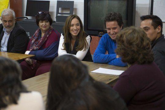 vidal se reunio con alumnos adultos de san isidro que finalizaron sus estudios secundarios