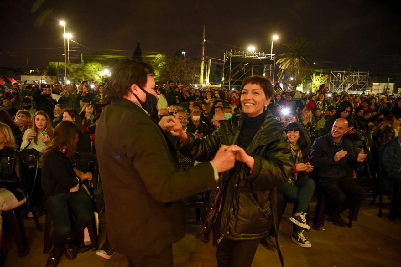 Durante el aniversario de Francisco Solano, Mayra Mendoza, destacó el regreso de las fiestas populares