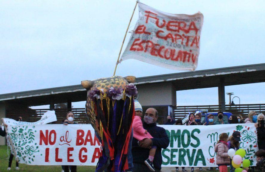 Mar Chiquita: interna del oficialismo ante el rechazo popular por el intento de construir un barrio privado en la Reserva