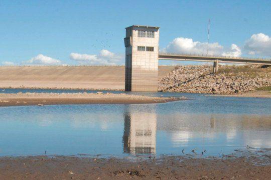 ¿Un nuevo acueducto para el Dique Paso de las Piedras o hacer autopista el trampo de la Ruta 3 hasta Monte Hermoso, cuál es la prioridad para Bahía Blanca? El debate de los candidatos.