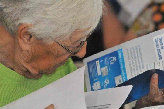 moratorias de amas de casa: aseguran que medio millon de mujeres de 55 a 59 anos no tienen posibilidad de jubilarse