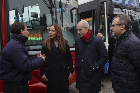 vidal y larreta presentaron dispositivos de seguridad para 1200 colectivos: como sera el sistema