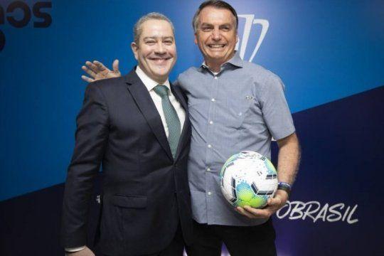 Rogério Caboclo tiene una muy buena relación con Bolsonaro al que le prometió la cabeza del técnico de la Selección.