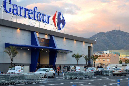La empresa Carrefour Tandil deberá pagar una suma cercana a los 4 millones de pesos al dueño del auto robado en el estacionamiento.