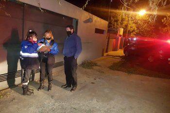 Agentes de La Plata desactivaron dos fiestas clandestinas.