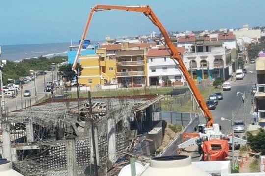confirman muertos en santa teresita por el derrumbe en una obra de construccion