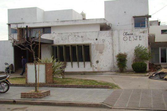 En esta clínica se produjo el robo de 17.000 pesos a una paciente de 62 años