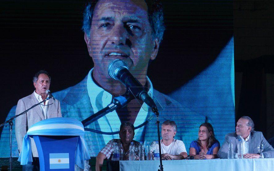 Scioli y un contundente respaldo a la candidatura de Berni a la Gobernación