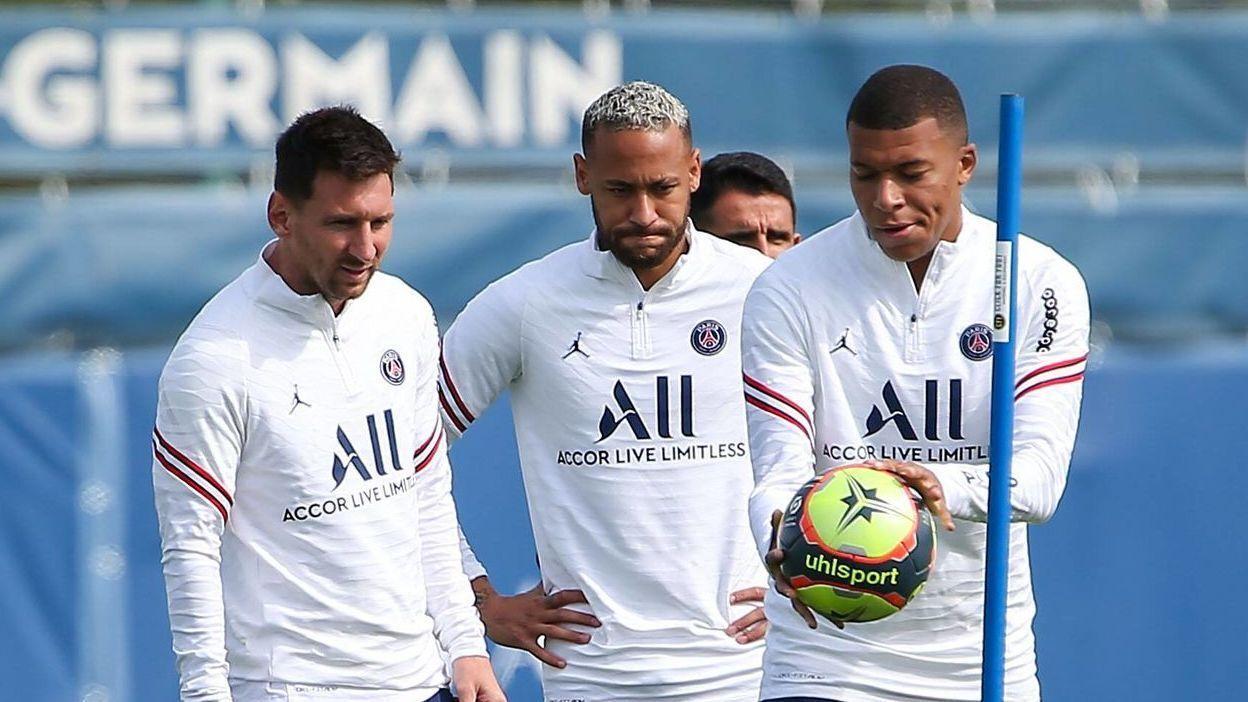 El tridente jugará toda una temporada con el PSG: Mbappé se queda y junto a Messi y Neymar están obligados a ganar absolutamente todo.
