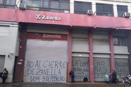 zanella despidio a 70 trabajadores de su planta en tres de febrero y busca pagar el 50% de las indemnizaciones
