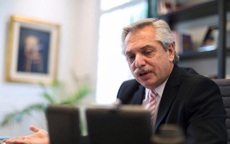 Alberto Fernández seguirá el acto por el día de la independencia desde Olivos