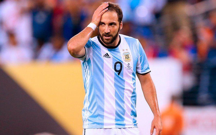 Gonzalo Higuaín anunció su retiro definitivo de la Selección Nacional
