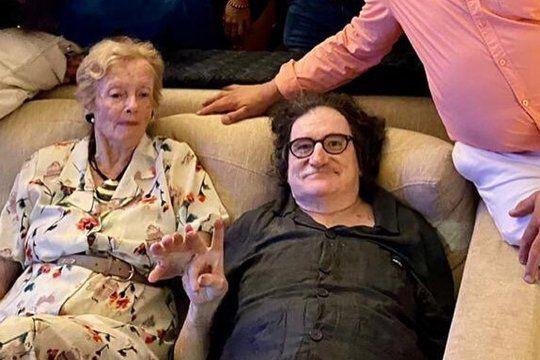charly garcia festejo nochebuena con la familia de cerati