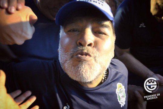 Maradona aumenta los ingresos de televisación de Gimnasia