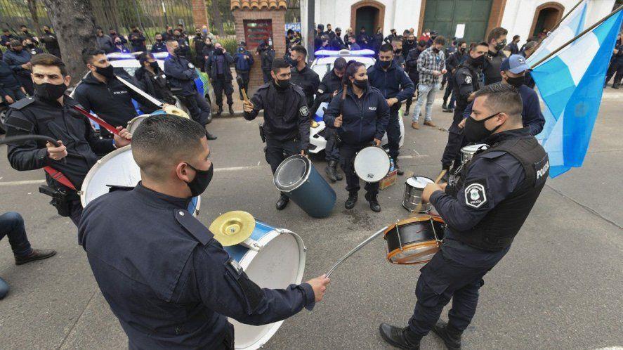 Algunos policías salieron a cuestionar la medida impulsada por Berni