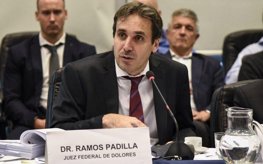 Espionaje ilegal: Marcha en apoyo a Ramos Padilla y provocador mensaje de Bonadío