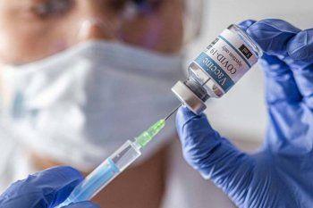 Los mayores de 55 años podrán vacunarse sin turno en la Provincia