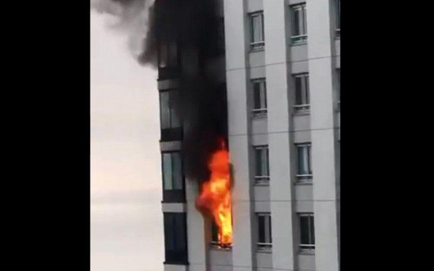 Imágenes exclusivas: Se incendia un departamento en un edificio de Puerto Madero
