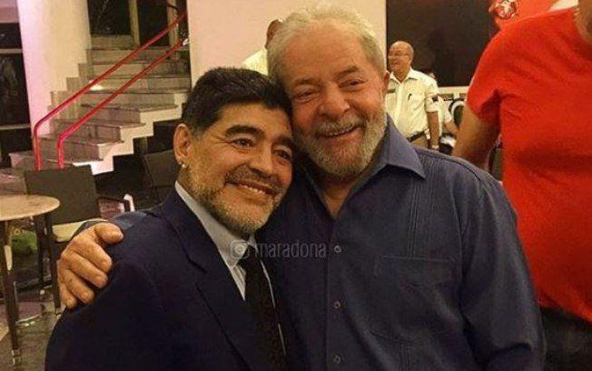 El contraste de Pelé con Bolsonaro es Maradona con Lula