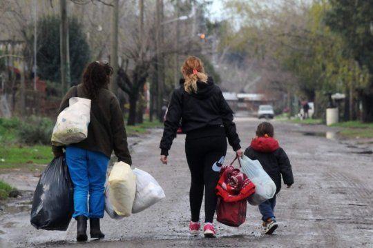 la pobreza del indec se refleja en la calle: en caritas ven ?un crecimiento exponencial?