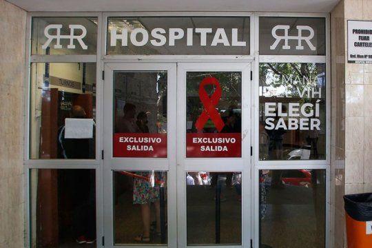 misterio y versiones cruzadas por operaciones reprogramadas en el hospital rossi