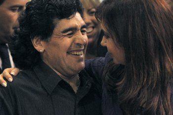 Cristina, Boca y Maradona, unidos en una extraña parábola de Macri.
