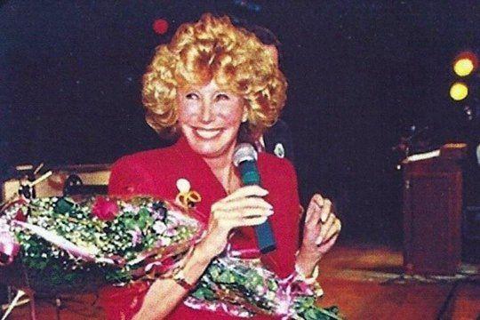 a los 88 anos, murio la periodista nelly raymond