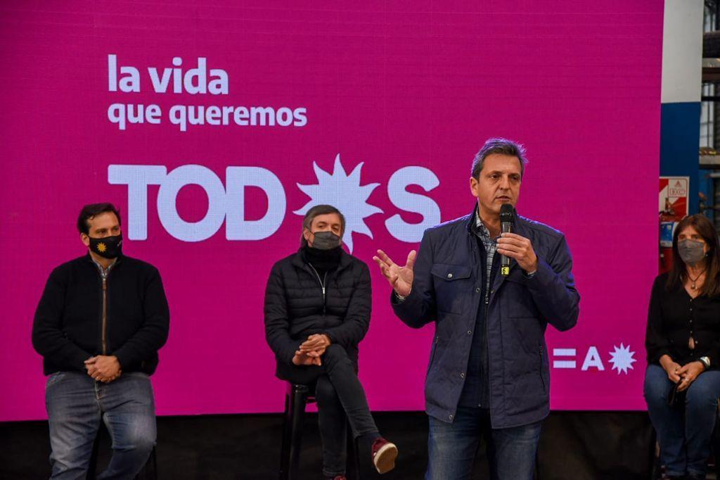 Sergio Massa durante la presentación de los candidatos del FDT en Tres de Febrero